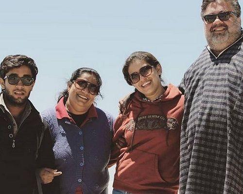 Seema Pahwa With Her Family