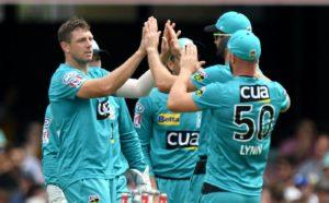 James Pattinson celebrating a wicket in BBL 2020