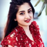 Poonam Kaur Age, Boyfriend, Husband, Children, Family, Biography & More