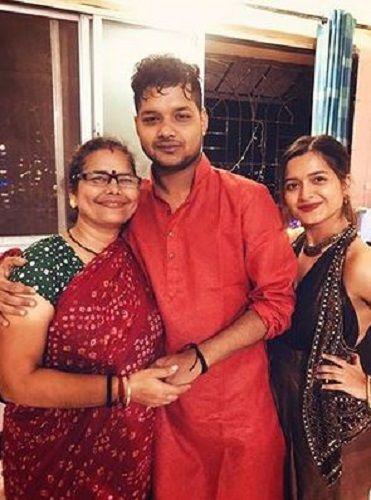 Nidhi Moony Singh's Mother and Siblings