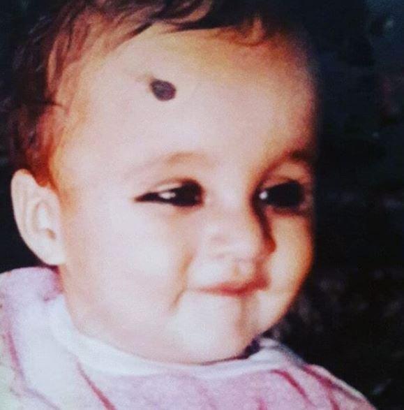 Nisha Dhaundiyal's childhood picture