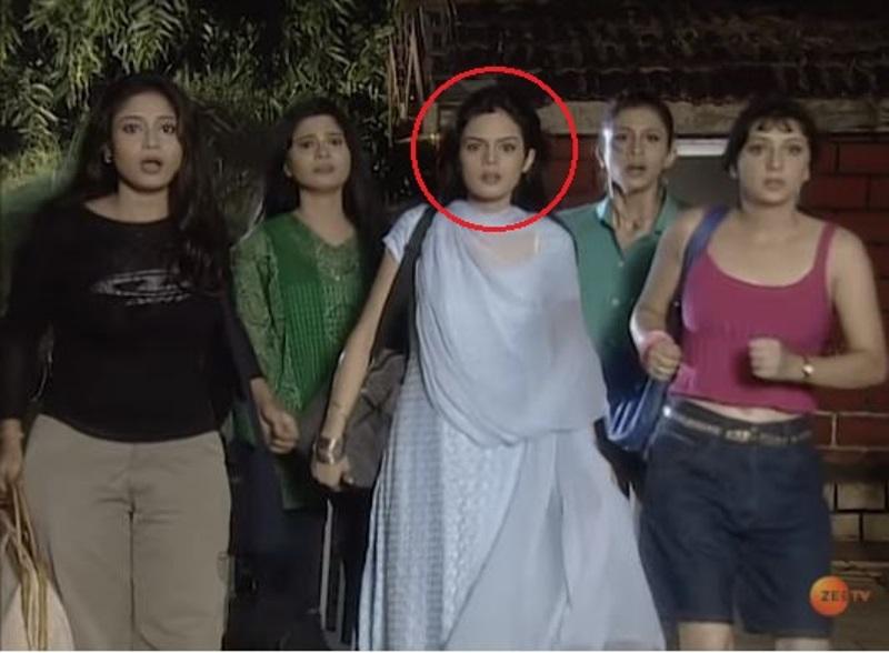 Shweta Agarwal in Babul Ki Duwayen Leti Jaa (2000)