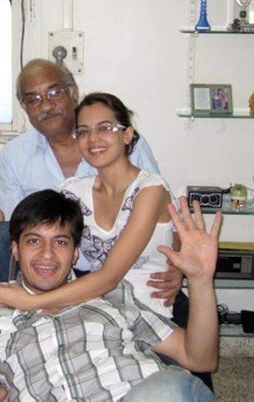 Shweta Agarwal with her father and brother