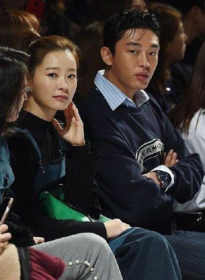 Jung Yu-mi with Yoo Ah-in