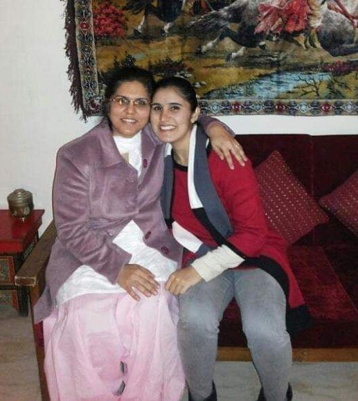 Srishti Sudhera with her mother