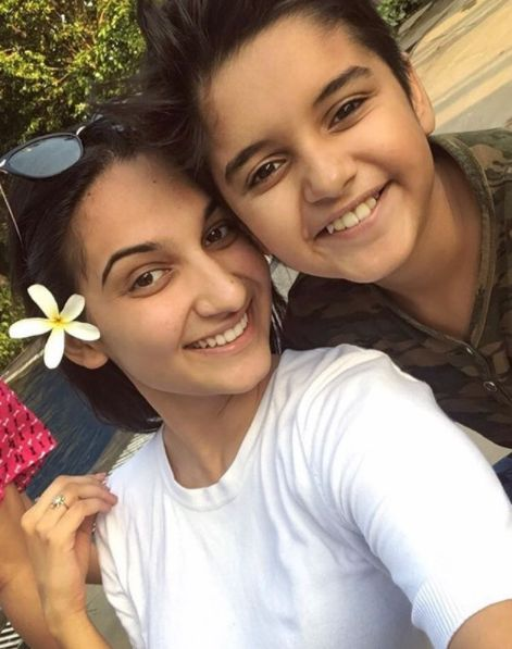Sapna Malik with her brother