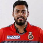 Avesh Khan (Cricketer) Height, Weight, Age, Girlfriend, Biography & More