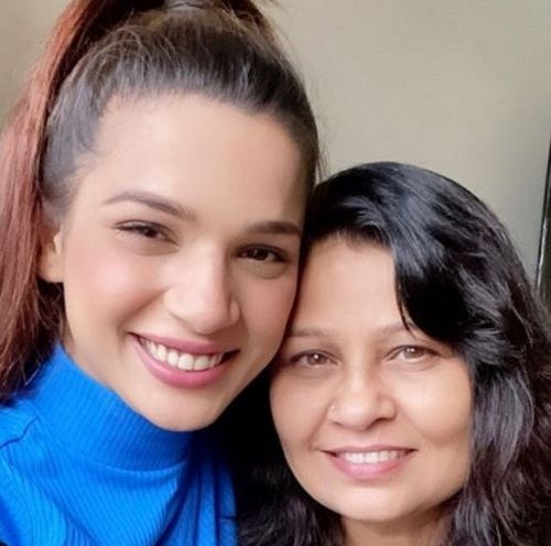 Naina Singh and Her Mother