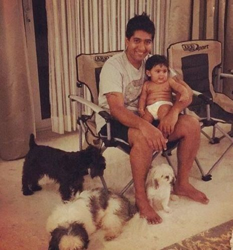 Samyuktha Karthik's Husband, Son, and Pet Dogs