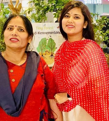 Devi Nidhi Saraswat With Her Mother