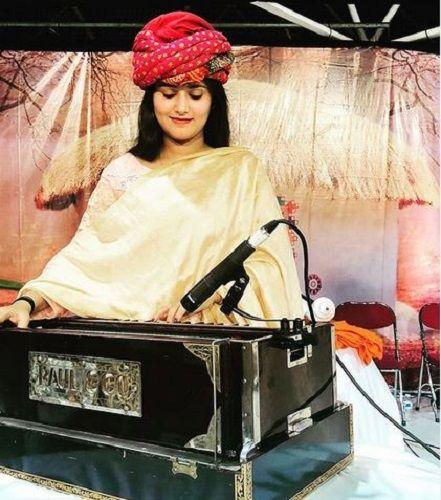 Devi Nidhi Saraswat Playing Harmonium