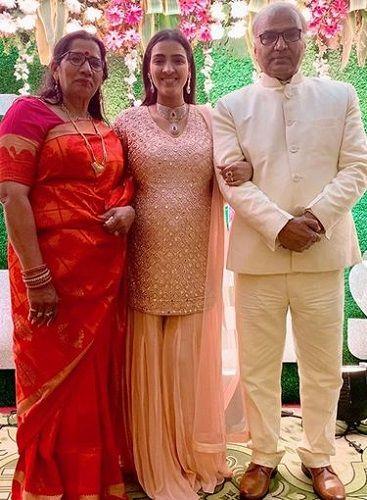 Priyanka Raina With Her Parents
