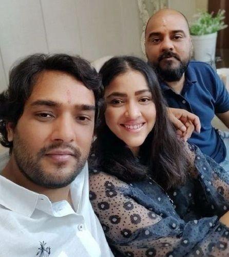 Priyanka Raina With Her Brothers