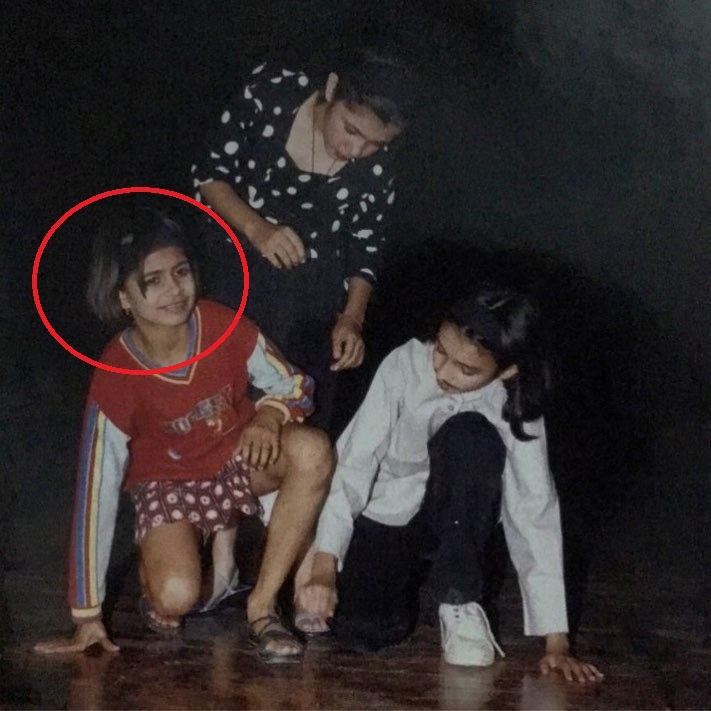 Childhood picture of Prashansa Sharma practising for the play- Aladin