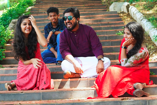 Thanneer Mathan Dinangal (2019) : Ee Jaathikkathottam Song Lyrics