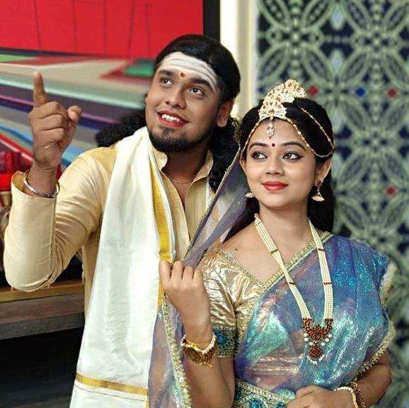 Anitha Sampath in Vanakkam Tamizha