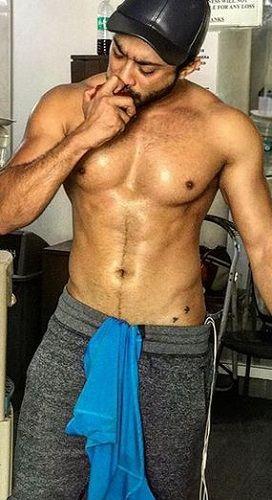 Zaid Darbar's Tattoo on Lower Stomach