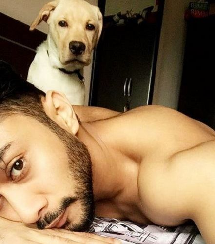 Zaid Darbar With His Pet Dog