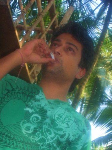 Ronnit Biswas Smoking