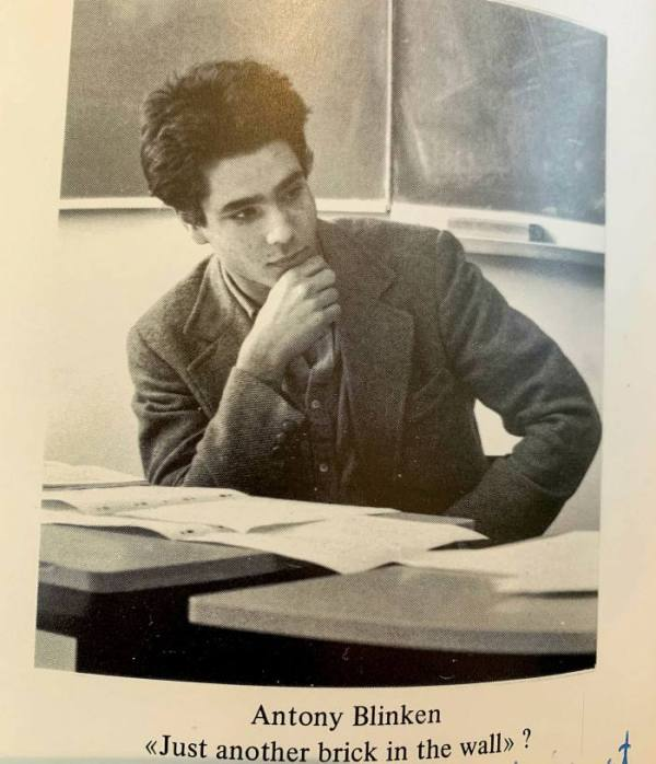 Antony Blinken pictured in the 1980 year book of the École Jeannine Manuel