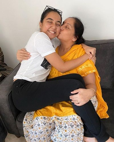 Prajakta Koli With Her Mother