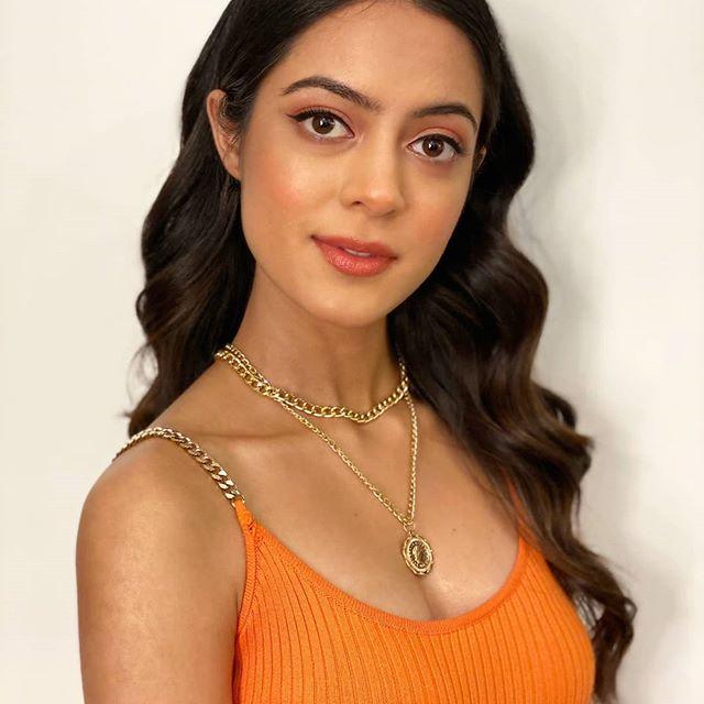 Anya Singh Age