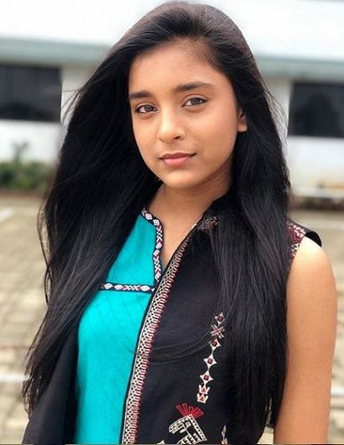 Sumbul Touqeer Khan Height, Age, Boyfriend, Family, Biography & More » StarsUnfolded