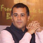 Chetan Bhagat Age, Wife, Family, Children, Biography & More