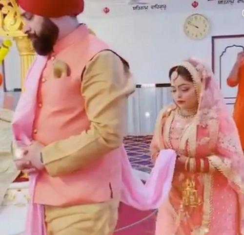 Divya Bhatnagar on her Wedding Day