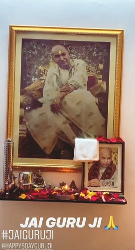 Divya Bhatnagar's Guruji