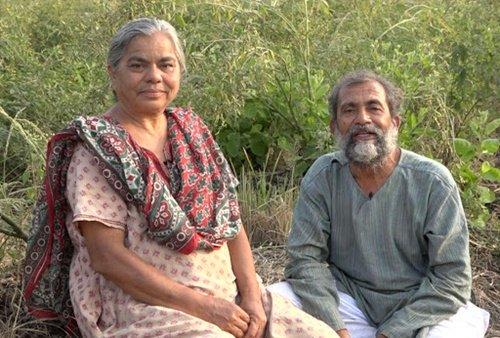 Dr. Ravindra Kolhe with his wife, Dr. Smita Kolhe