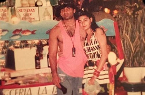 An Old Picture of Mana Shetty and Suniel Shetty