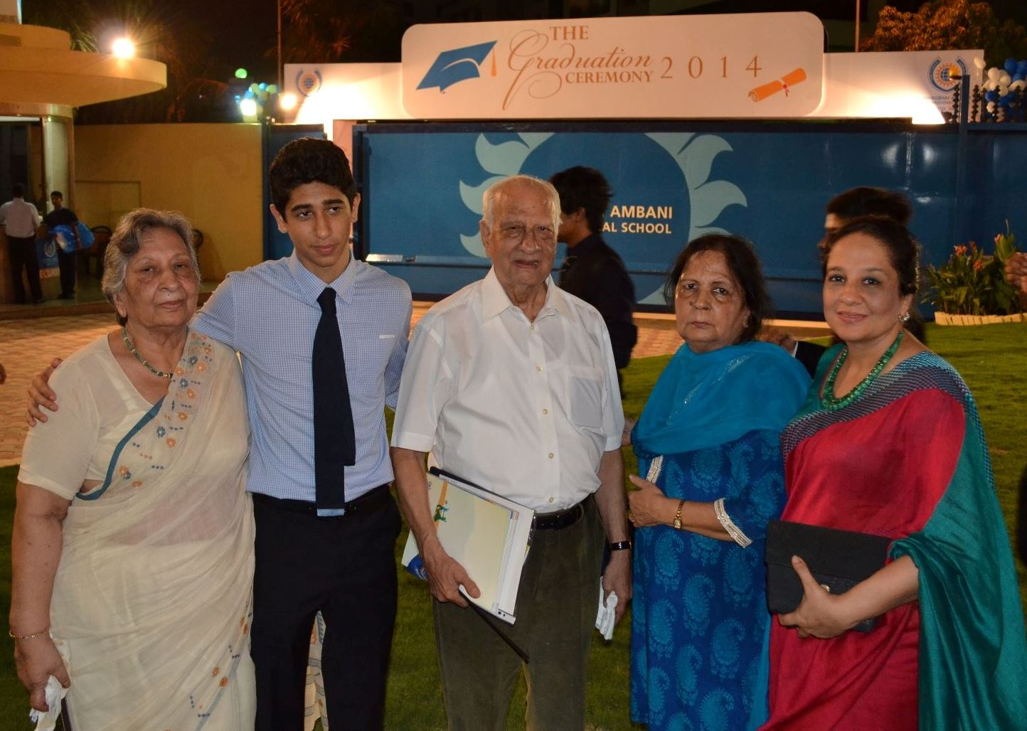Vihaan Samat at the graduation ceremony of Dhirubhai Ambani International School (2014)