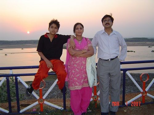 An Old Picture of Adarsh Gourav with his Parents