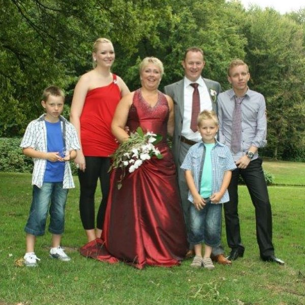Saskia Spee and Jeroen Spee's wedding day picture