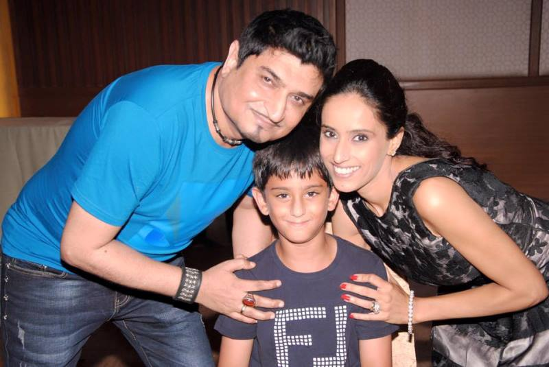 Neeraj Shridhar with his wife and son