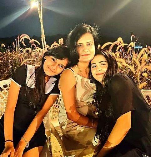Debattama Saha with her Mother and Sister