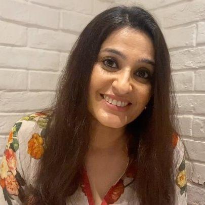 Smita Bansal bio