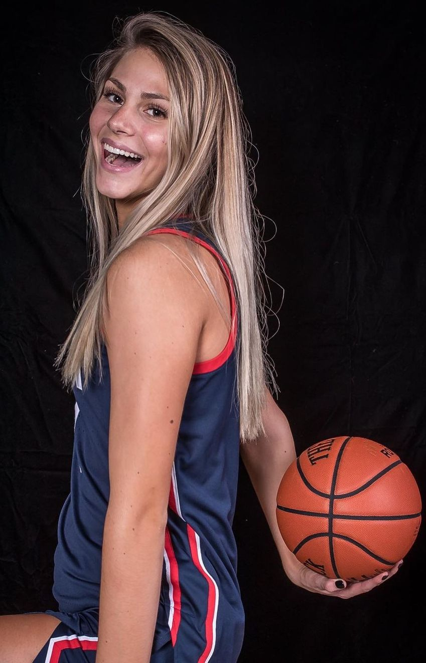 Saylor Poffernbarger (Basketball Player) Wiki, Biography, Age, Boyfriend, Family, Facts and More - Wikifamouspeople