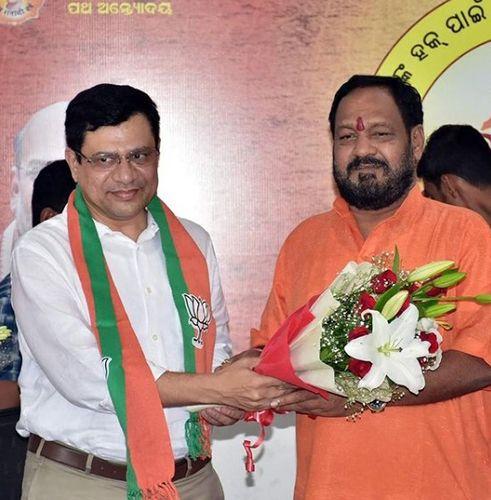 Ashwini Vaishnaw joining BJP