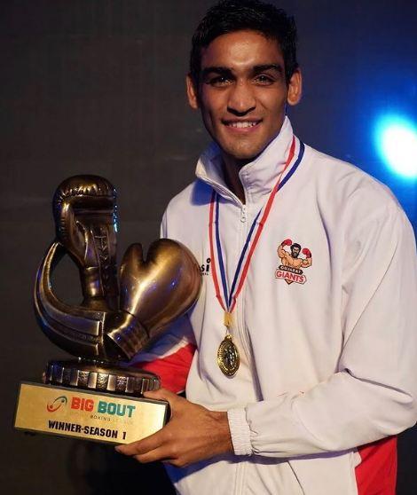 Ashish Kumar as the winner of the Big Bout League 2019