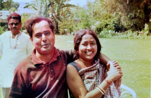 Old picture of Pranab Mukherjee with his wife, Suvra Mukherjee