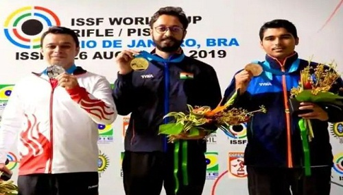 Abhishek Verma with his ISSF (2019) gold medal