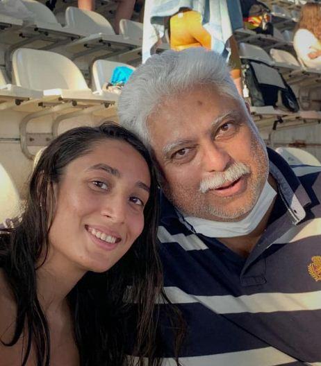 Maana Patel with her coach Nihar Ameen