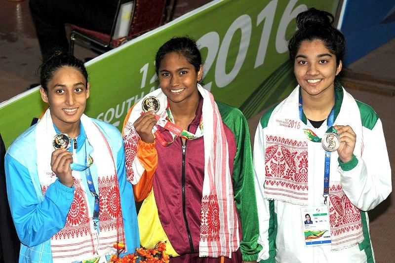 Maana Patel at the 2016 South Asian Aquatic Championships