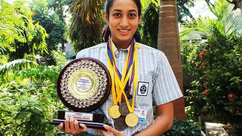 Maana Patel won gold medal in an interstate championship