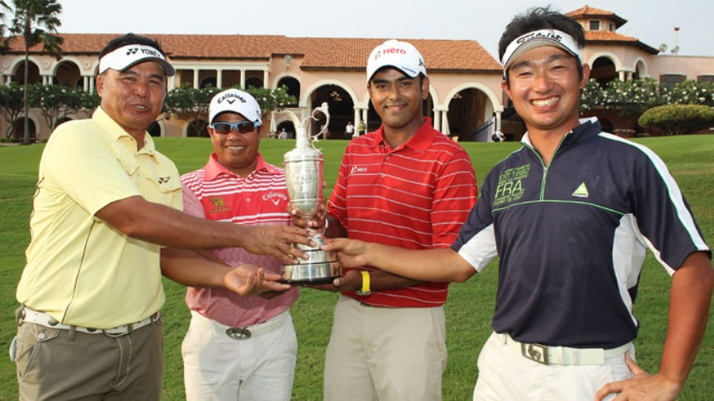 Anirban Lahiri while receiving the trophy at the Royal Lytham & St Annes Golf Club in Lancashire