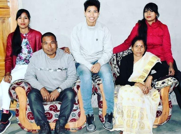 Lovlina Borgohain with her family