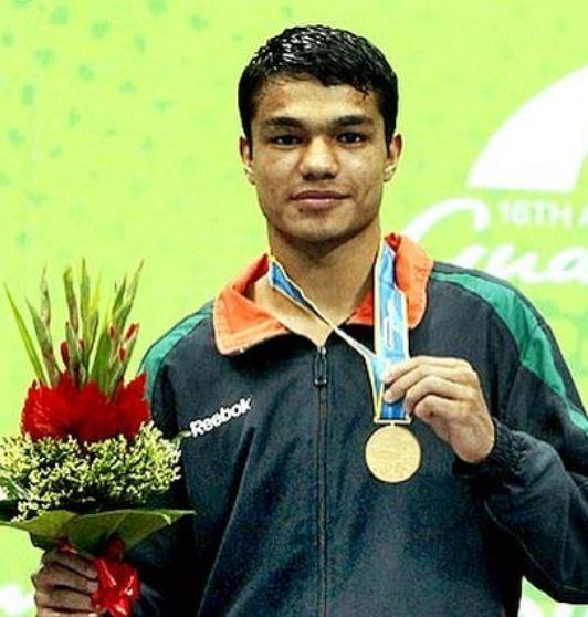 Vikas Krishan Yadav with a gold medal