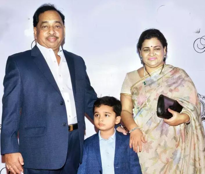 Narayan Rane with his wife and grandson